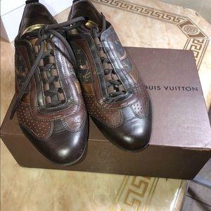 Louis Vuitton size 7.5